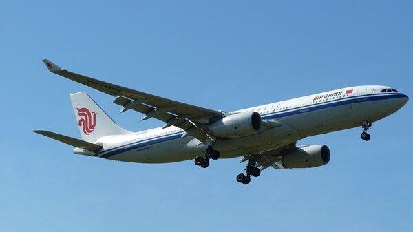 AirbusA330-200B-6115AirChinaYMML17112011.jpg_thumb.812162487feaf0dc7c7b6ba7cb5c3db6.jpg