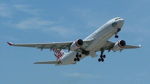 AirbusA330-243YMML20130102.JPG_thumb.577fa27b3fca2cae0980be283ae5e68d.JPG