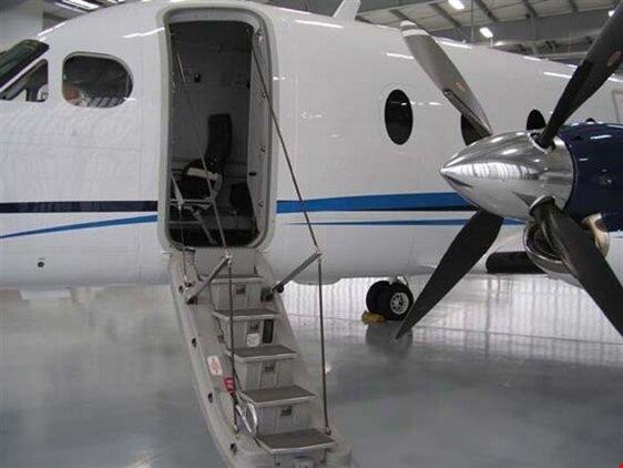 Beechcraft1900Dairstair.jpg_thumb.e053ba686c536c8c56b83c4df358b3c1.jpg