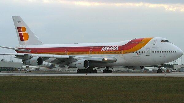 Boeing747-200Iberia.jpg_thumb.8f00ca0de08dddd512b51b39bd5da8eb.jpg