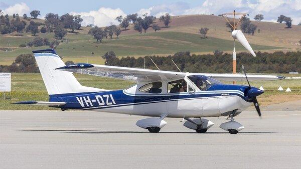 Cessna177CardinalVH-DZIYSWG.jpg_thumb.2895526494383cea0bdf430c3b9a2718.jpg