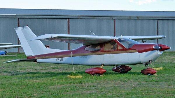 Cessna177CardinalVH-EITYLIL20120415.jpg_thumb.e1bfb5e518ad5b4e0f9e27803661a927.jpg