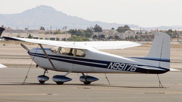 Cessna1821957N9917B.jpg_thumb.7c6b9d801d79b3f7b749028f7e2a3683.jpg