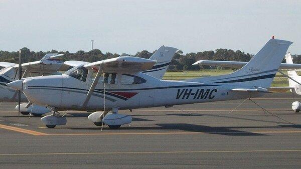 Cessna182S1998VH-IMC.jpg_thumb.2fce6f023bad223e15d3c85c92b469e6.jpg