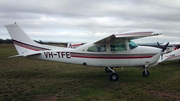 Cessna210NVH-TFE.jpg_thumb.c168334a63e594524a9c0c1f2680f415.jpg