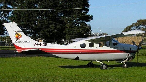CessnaP210NVH-NGEYMMB2005-08-16.jpg_thumb.b65b44d1726158ec60bee9ef8fc0b4a6.jpg