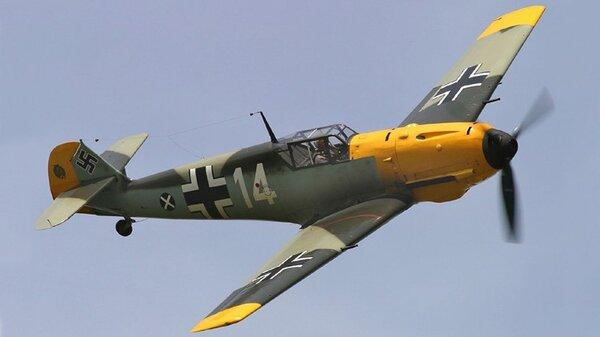 Messerschmitt_Bf_109E.jpg_thumb.55b098d287d6620db76a8207f5ac8f34.jpg