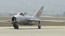 MiG-15,taxy.jpg_thumb.e92324135b95e0fdab06d13e3a20f0bc.jpg