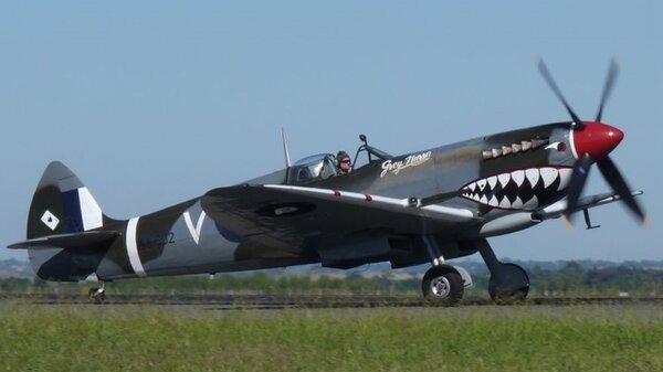 Spitfire-RG-V-YMAV-20110306.jpg_thumb.224667747649db5f26518bc64ff5e599.jpg
