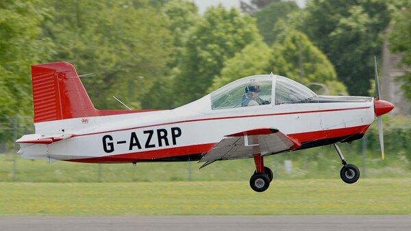 Victa-Airtourer_115_G-AZRP.jpg_thumb.5815958df1cf14208bd0d0265ba56fee.jpg