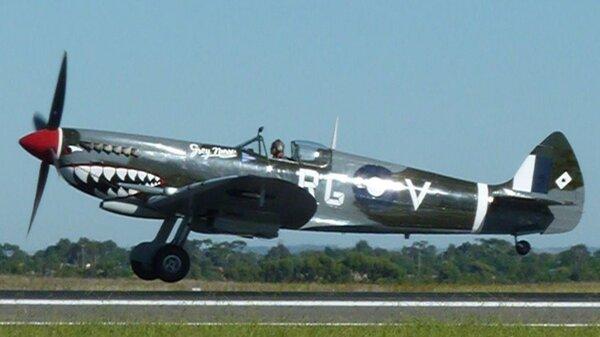 spitfire-rg-v-takeoff-ymav-20110306.jpg_thumb.5cd30f7a521809d53de18a326dee9655.jpg
